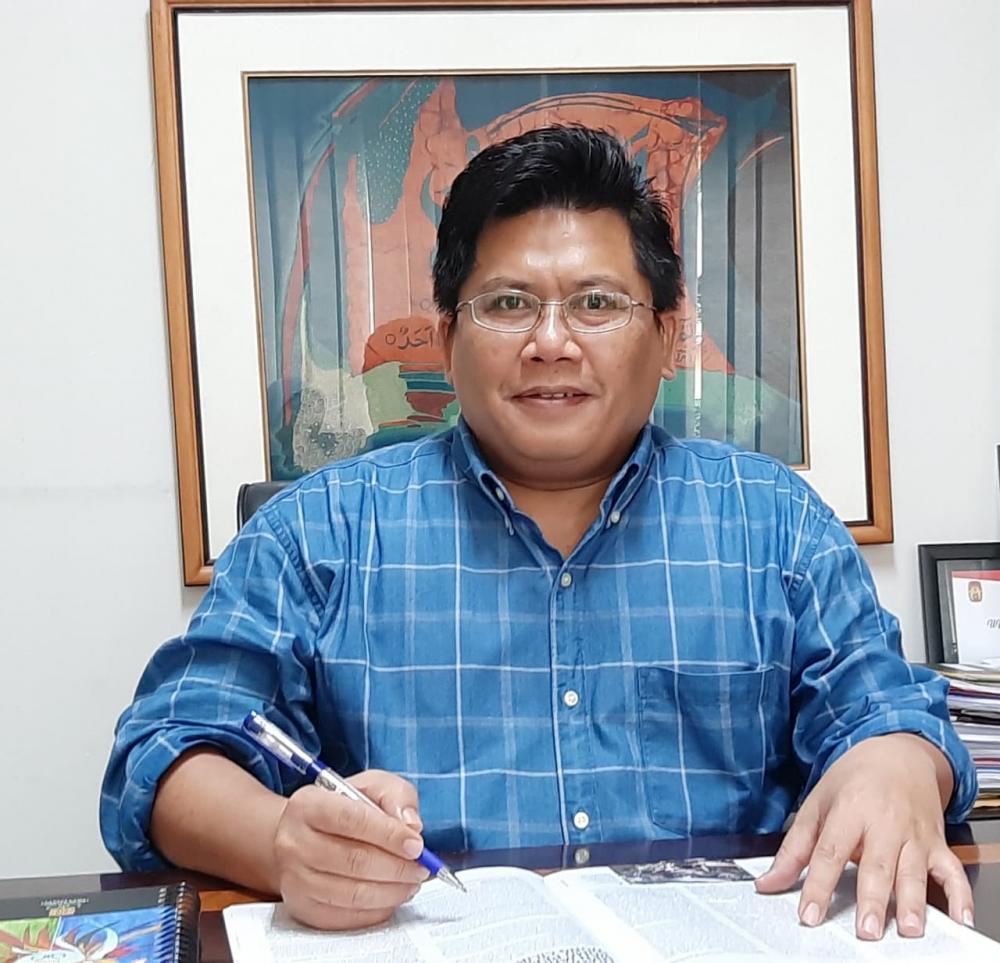Wakil Rektor Bidang Kemahasiswaan dan Kerjasama UIN Sunan Kalijaga Yogyakarta, Dr. Abdur Rozaki, S.Ag., M.Si.